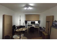 Professional Music Recording Studio, Rehearsal Space in Finsbury Park - N4