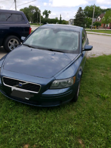 2006 VOLVO S40 LOW KMS FULLY LOADED!