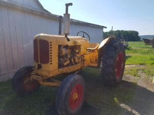 Tracteur nuffield 10-60