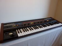 Roland Juno 6 synthesiser in superb condition