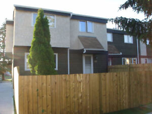 Near West Edmonton Mall 4 Bedroom Townhouse for Rent