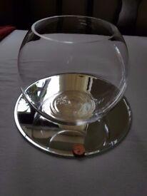 7 x Fish bowl vase and mirror base