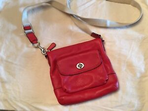 Excellent condition Leather purse