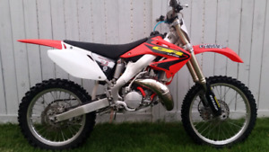 Unbelievable condition 2003 cr 125!