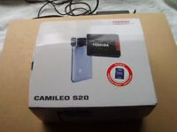Toshiba Camilo S20 HD Camcorder VGC with memory card and extras