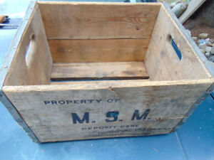 MSM SOLID WOOD MILK CRATE MOOSE JAW AREA? 1966