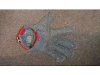Butcher's Safety Cut Proof Glove Stainless Steel Mesh Stab .Size M Left