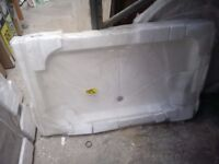 1200 x 700 Shower Tray. New, Old stock.