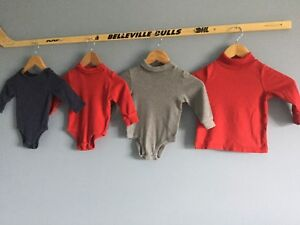 4  Onesie/Turtlenecks Size 18 to 24 mths Carters/Old Navy/Joes