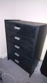 Chest Of drawers black good condition