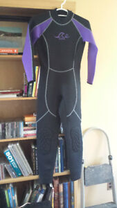 Reduced!!!  Ladies Atlan Edge Wetsuit for Sale - Size M/10