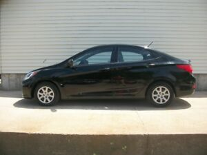 2012 Hyundai Accent NICE LITTLE CAR WITH A GREAT PRICE !