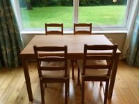 Beautiful solid pine dining table with 4 chairs - excellent condition