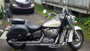 2010 Honda Shadow, Low kms