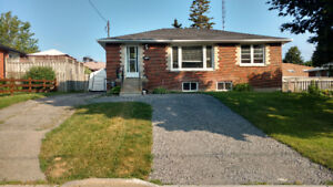 Room Rental available in Oshawa for working adult/mature student