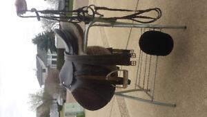English Saddle & Bridle