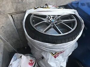set of beautiful OEM   bmw 20inch mags  with tires