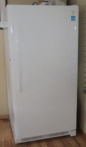 2016 Kenmore 16 cubic foot Upright Freezer