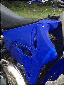 Trade Yz 125's Gas tanks!