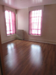 Lovely 1 Bedroom apartment available immediately