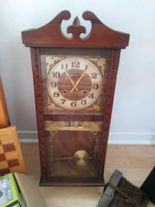 Wind up clock/Horloge