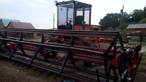 Versatile 4400 SP 22 foot Swather
