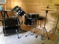 Mapex Drum Kit in Black VGC