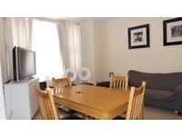 Large 2 double bedroom 2 bathroom period conversion apartment minutes from Oval underground station