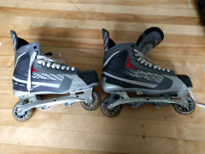 Size 12 mens Bauer roller blades, free delivery