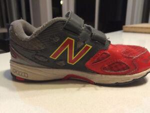 Boy's Running Shoe New Balance Size 10