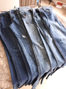 Jeans all size 29. Different styles