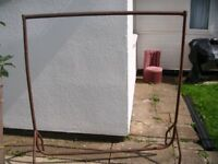 SHOP STYLE METAL CLOTHES RAIL