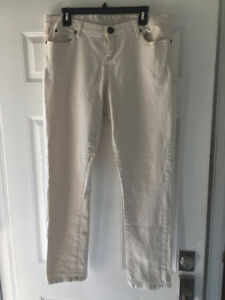 White Jeans New Without Tags! Size: 34