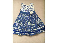 Girls dress size 4-5 years old