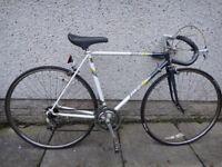 Raleigh Equipe retro road bike 700 wheels, 12 gears, 21 inch frame working order