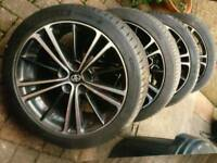 Alloys 17inch with new tyres
