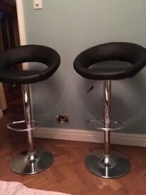 Bar or breakfast stool