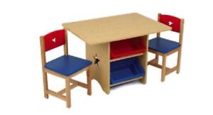Ensemble table et chaises pour enfant