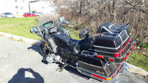Honda Gold Wing '84, Must sell due to health issues.