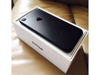 Beautiful iPhone 7, 32 gb, Black, on Vodafone, can deliver