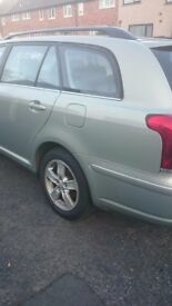 Toyota avensis estate 07 reg spares are repairs