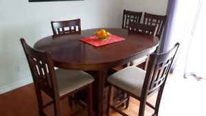 DINING ROOM TABLE WITH 6 CHAIRS PUB HEIGHT