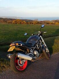 Ducati Monster M1000 sie