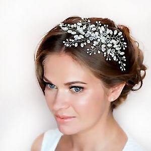 Selling romantic crystal pearls headband!
