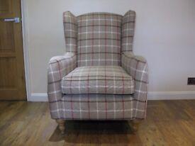 NEW Beautiful armchair
