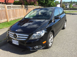 2014 Mercedes-Benz B-250, great condition!