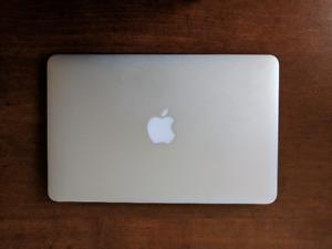 """MacBook Air """"Core i5"""" 1.7 11.7"""" (Mid-2012)"""