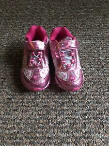 Toddler girl light up Disney sneakers sz 10