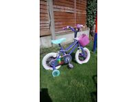 Girls bike, good condition, hardly been used, breaks etc all in good working order bargain