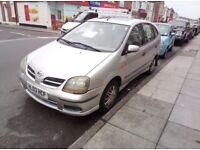 Nissan Almera Tino 2003 £550